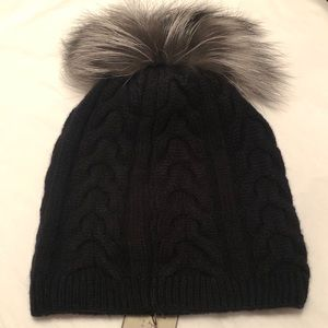 Amicable Cashmere Hat NWT